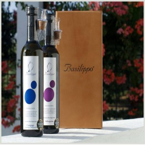 Extra Virgin Olive Oil Arbequina or Blend selection to choose from. 2 bottles of 500ml in hazel wood case. delicatessenMED bsp